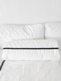 Roldeken streep zwart smal 200 x 70 cm