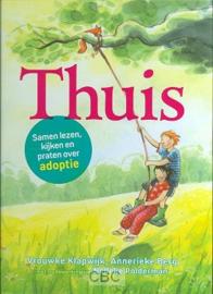 Klapwijk, Vrouwke en Berg, Annerieke-Thuis, samen lezen, kijken en praten over adoptie (nieuw)