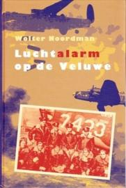 Noordman, Wolter-Luchtalarm op de Veluwe (nieuw, licht beschadigd)