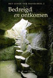 Vlastuin, Ds. W. van-Bedreigd en ontkomen (nieuw)