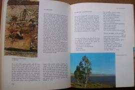 Beek, Dr. M.A.-De Bijbel in zijn wereld