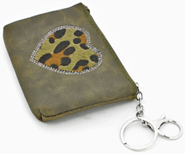 Green Keychain / wallet Animal heart.
