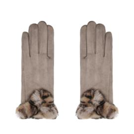 Zachte, warme handschoenen met nepbont.