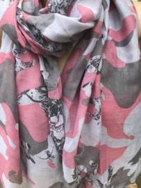Sjaal met een roze/grijze legerprint.