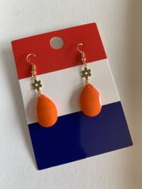 Goud met oranje oorbellen | EK oorbellen | oorbellen voor Koningsdag