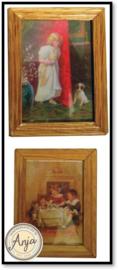 D1254 2 x schilderij met houten lijst