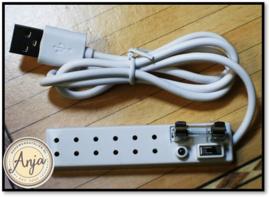 EL339 Stekkerdoos met USB kabel