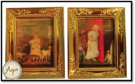 D1253 2 x  schilderij met goudkleurige lijst