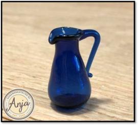D1232 Blauwe glazen waterkan