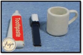 D146 - Beker, tandenborstel en tandpasta