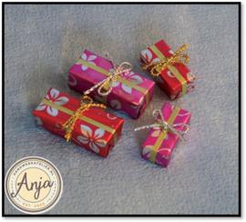 D2443 Cadeaus per vier