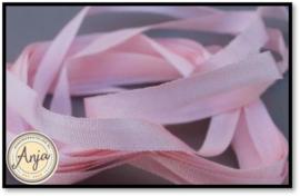 ZL4-963 Zijdelint Baby Pink