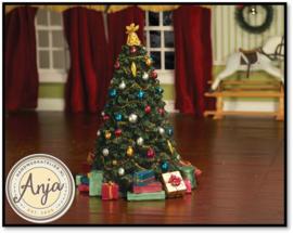 5765 Versierde kerstboom