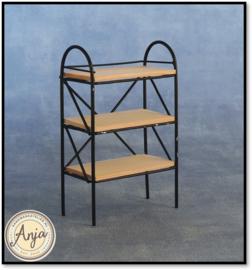 DF506 Zwart rek met drie houten planken