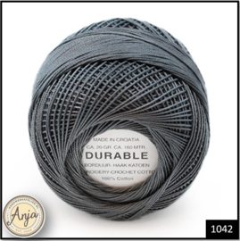 Durable borduur- en haakkatoen 1042