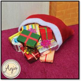 1652 Een zak met kerstcadeaus