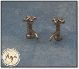 DIY697 Kraan zilverkleur per twee