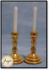 D1398 - Messing kandelaars met kaarsen