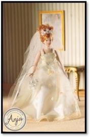 4729 Bruid met kanten jurkje