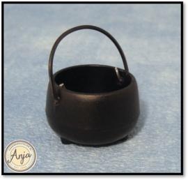 Zwarte kookpot met hengsel D2037