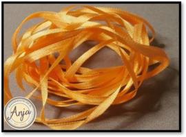 ZL-742 licht oranje zijdelint