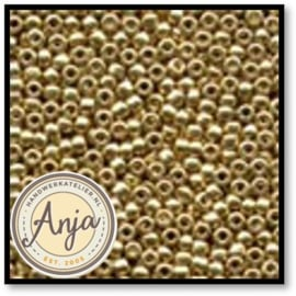 00557 Glass Seed Beads Gold