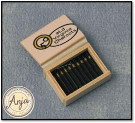 D81424 Houten doos met sigaren