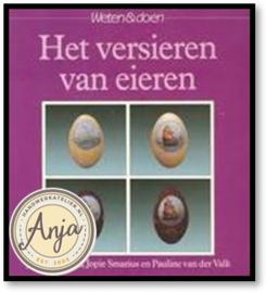 Het versieren van eieren - Joke Caspanni