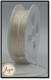 245 Cream Satijn lint 1.5 mm