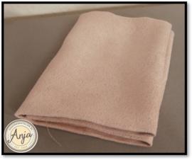 EF01  oud roze stof