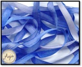 V026 Zijdelint Blauw verlopend