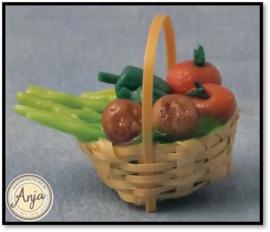 D89518 Mand met groentes