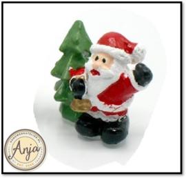 Beeldje kerstman met kerstboom  X78