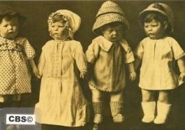 Kathe Kruse poppen rechts [150]