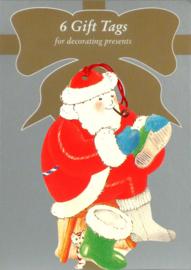 6 Gift Tags: Kerstman trekt laars aan [XT-1235/6]