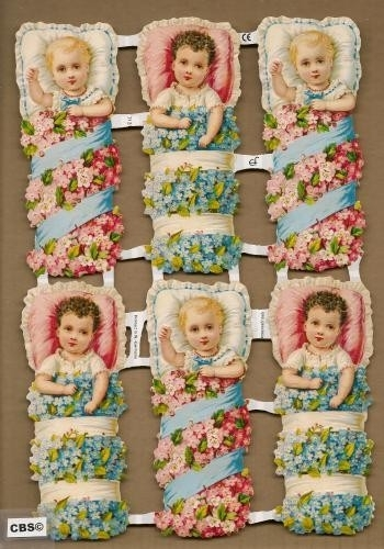 Baby`s in bloemenbed poezieplaatjes GL7131