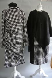 Tricot jurk Jannie Piede de Poule ruitje (zwart/wit en blauw/wit)