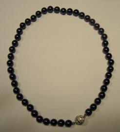 Luxe smalle parelketting (diep donkerblauw)