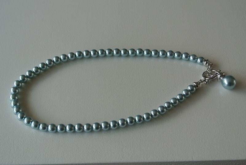 parelketting met kapitel slot (lichtblauw)