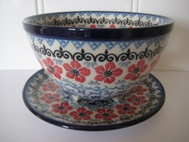 Bunzlau Berry Bowl Small  Red Violets