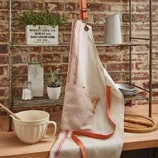 Ulster Weavers Linen Apron 1880 Coral