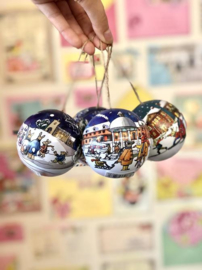 Emma Bridgewater Winter Scene Bauble Tin -per stuk-