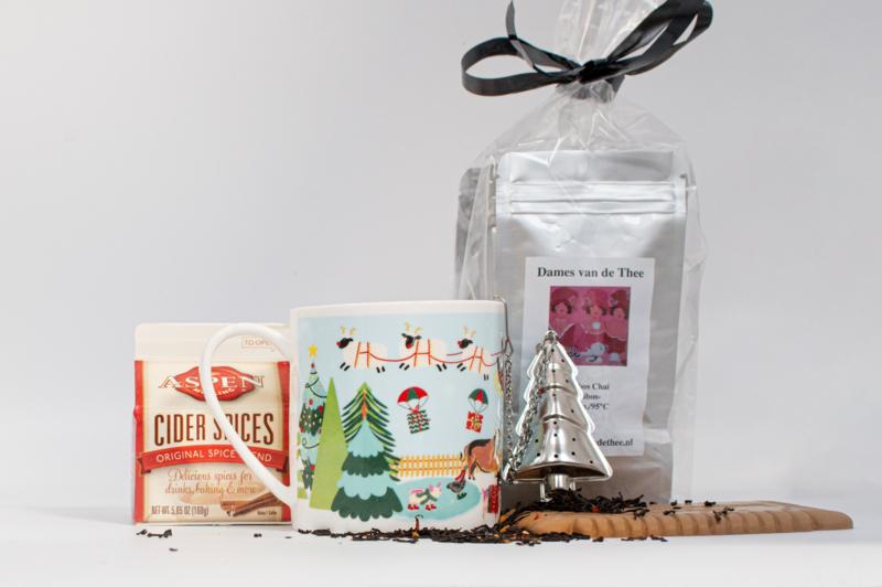 Kerstpakket mok met theepakket & winterkruiden