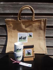 Fryske paarden cadeau geschenken pakket Moai Fryslân