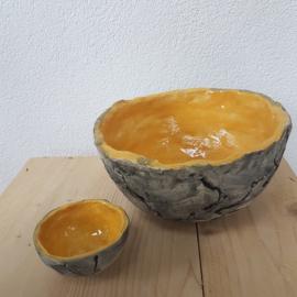 Grote geel schaal keramiek