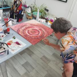 Workshop mixed media met acrylverf in Raalte