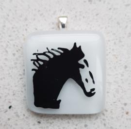 Paard glazen hanger ketting atelier bertina