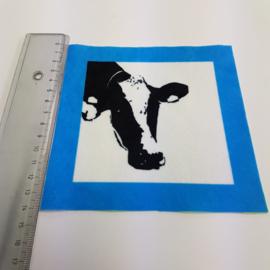 Koe met blauw rand: stofje