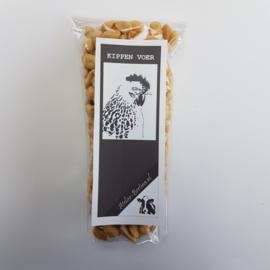 Pinda's: kippenvoer