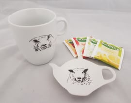 Tea bag holder and mug sheep